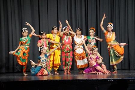 Gruppenfoto Tanz-Schülerinnen
