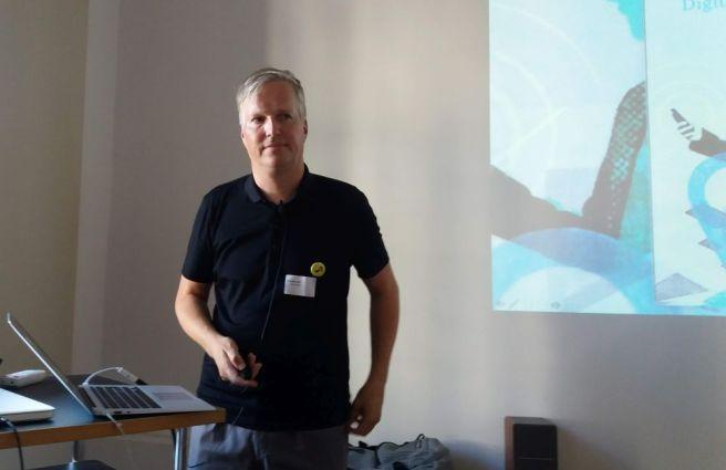 Redner vor seiner Präsentation